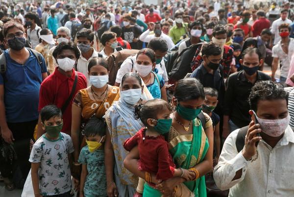 印度單日暴增27萬例確診、首都封城 511印度公開賽確定延期