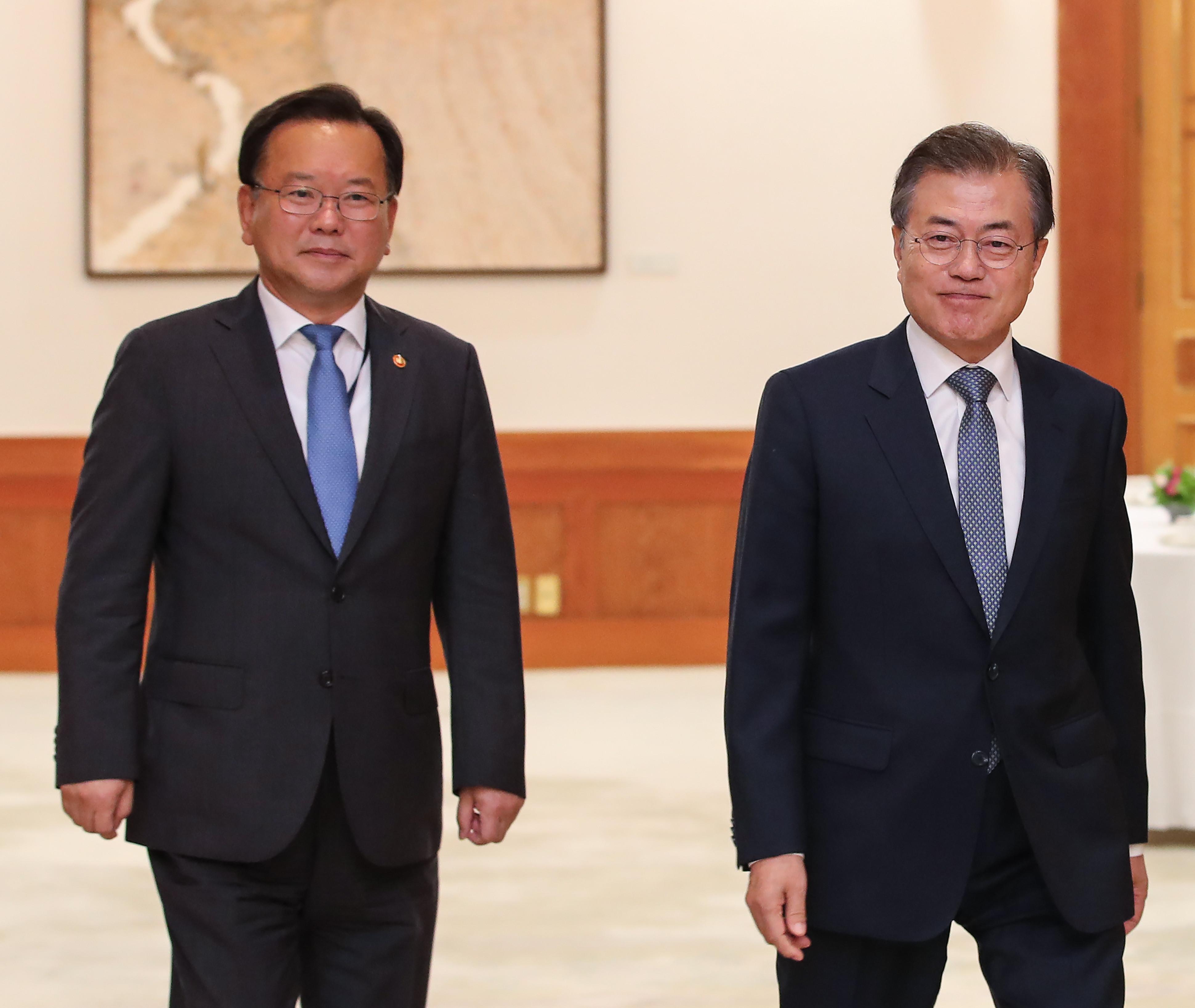 ▲▼文在寅指定金富謙(左)為新任國務總理。(圖/達志影像)