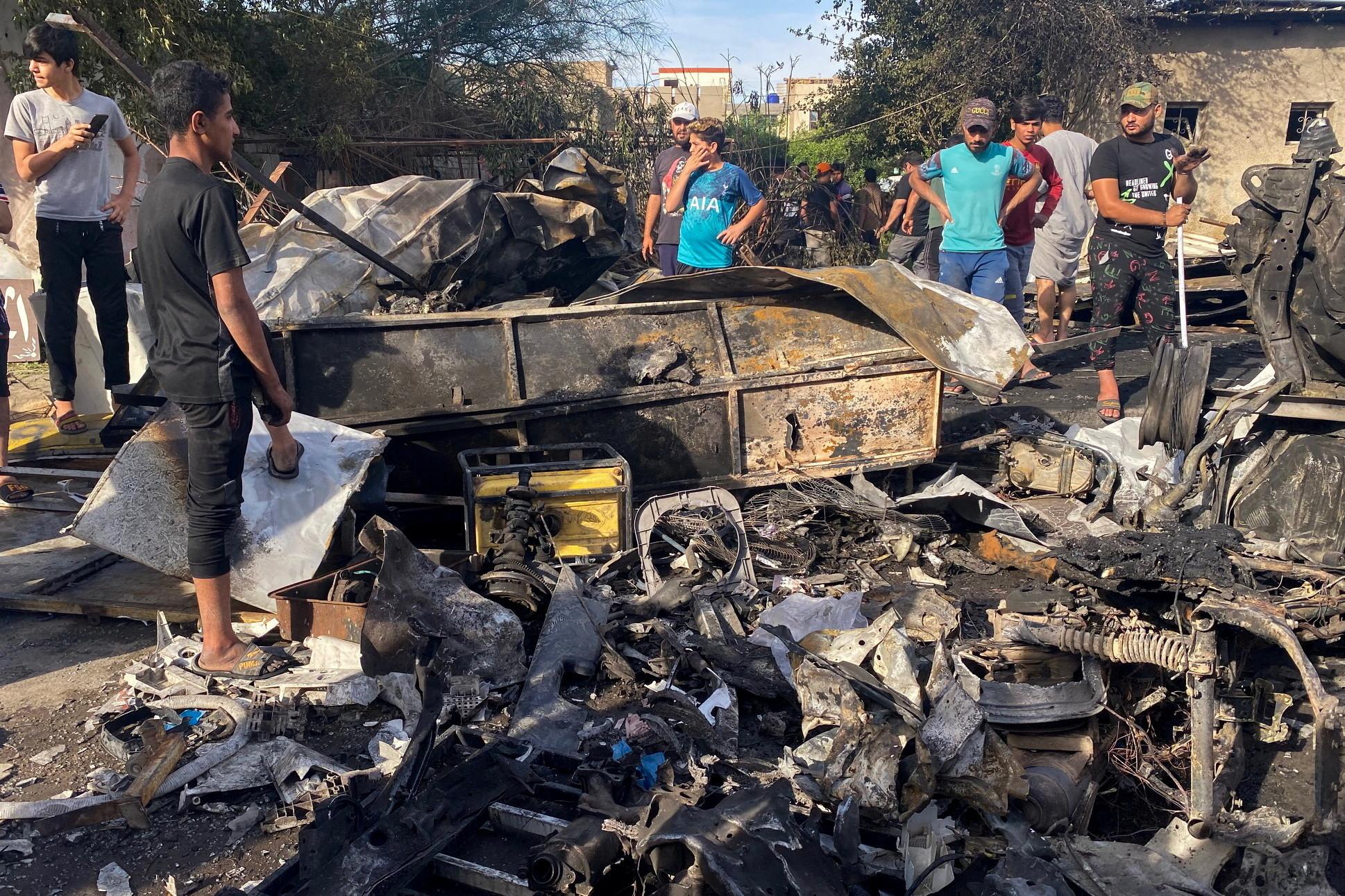 ▲▼伊拉克巴格達發生汽車炸彈攻擊,造成至少5人死亡。(圖/路透社)