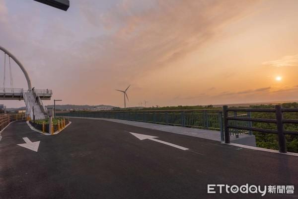 台版薩哈拉沙漠+魚鱗天梯 新竹海岸自行車道5大夢幻景點公開 | ETto