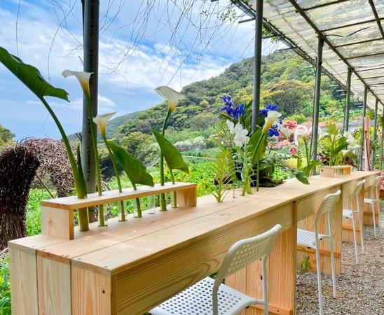 媲美歐洲花園風光!3家竹子湖「花田裡的餐桌」採預約制 | ETtoday