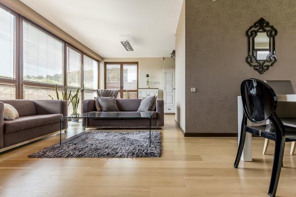 ▲木地板可以營造家裡的溫馨感。(圖/業者提供)