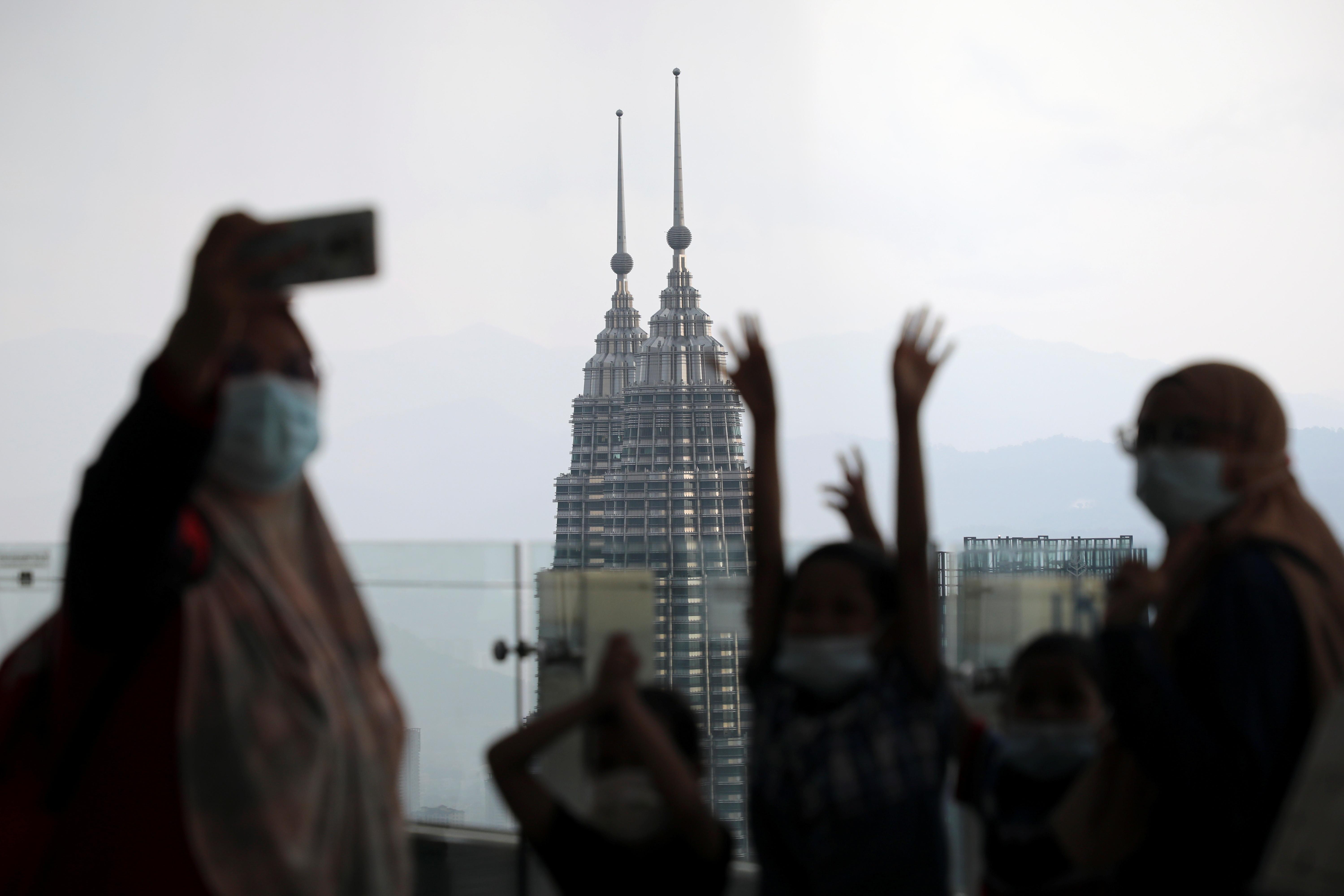▲▼馬來西亞以新冠疫情打擊假新聞為由,控管該國新聞自由與資訊流通。(圖/路透社)