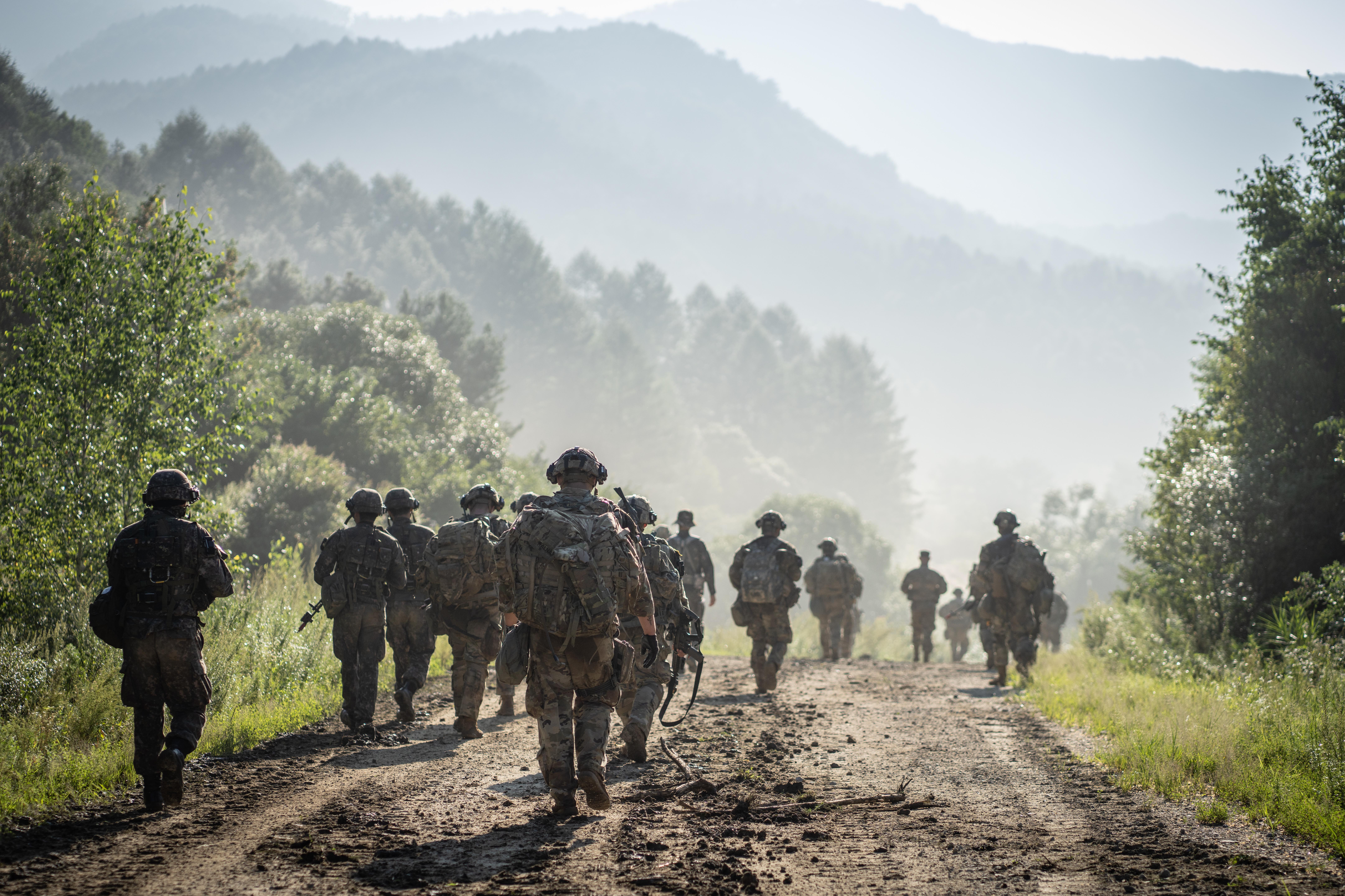 ▲▼南韓江原道麟蹄郡一處軍方部隊設施遭可疑人士入侵。(圖/達志影像)