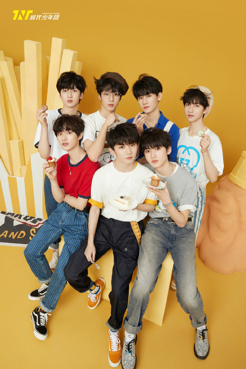 ▲The idol boy group was arrested in the police station for illegitimate children!  3 days ago, the assistant
