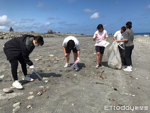 「海好有你」 台東環保局攜手台東女中淨灘 | ETtoday地方新聞 |