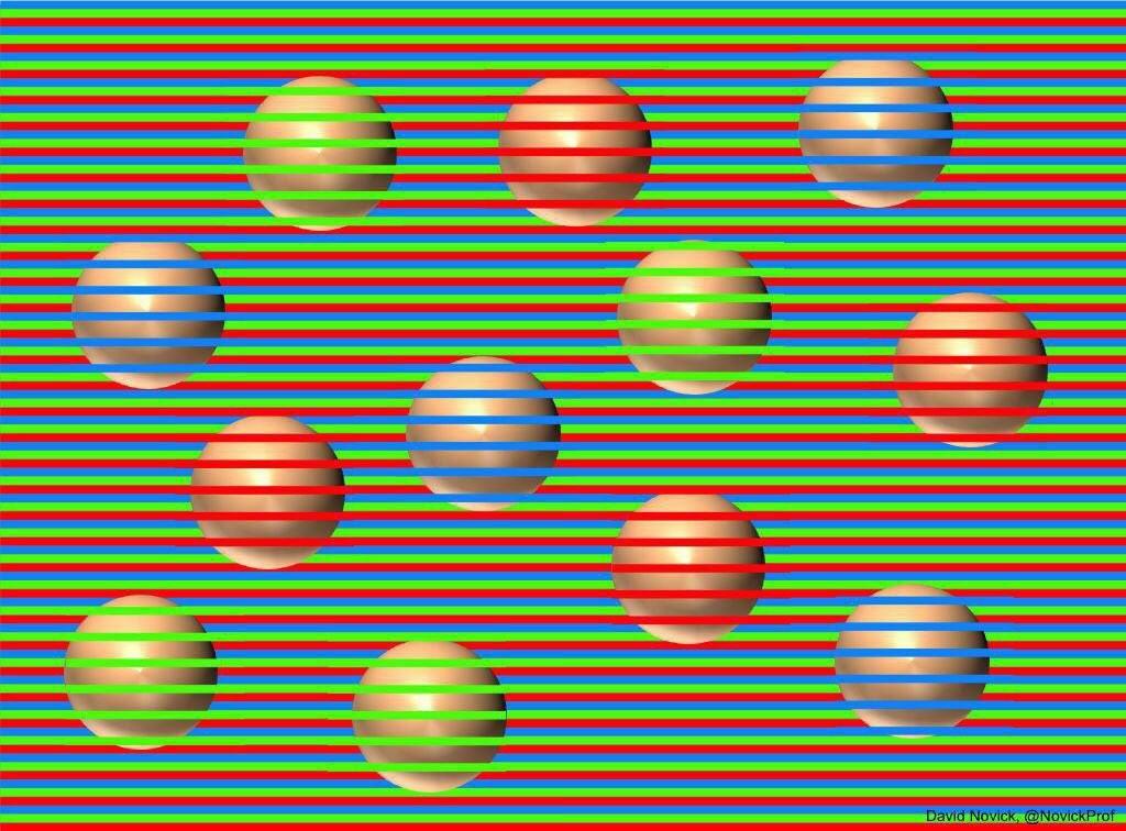 ▲▼不同顏色的球。(圖/翻攝自Twitter/@ILikeHakase)