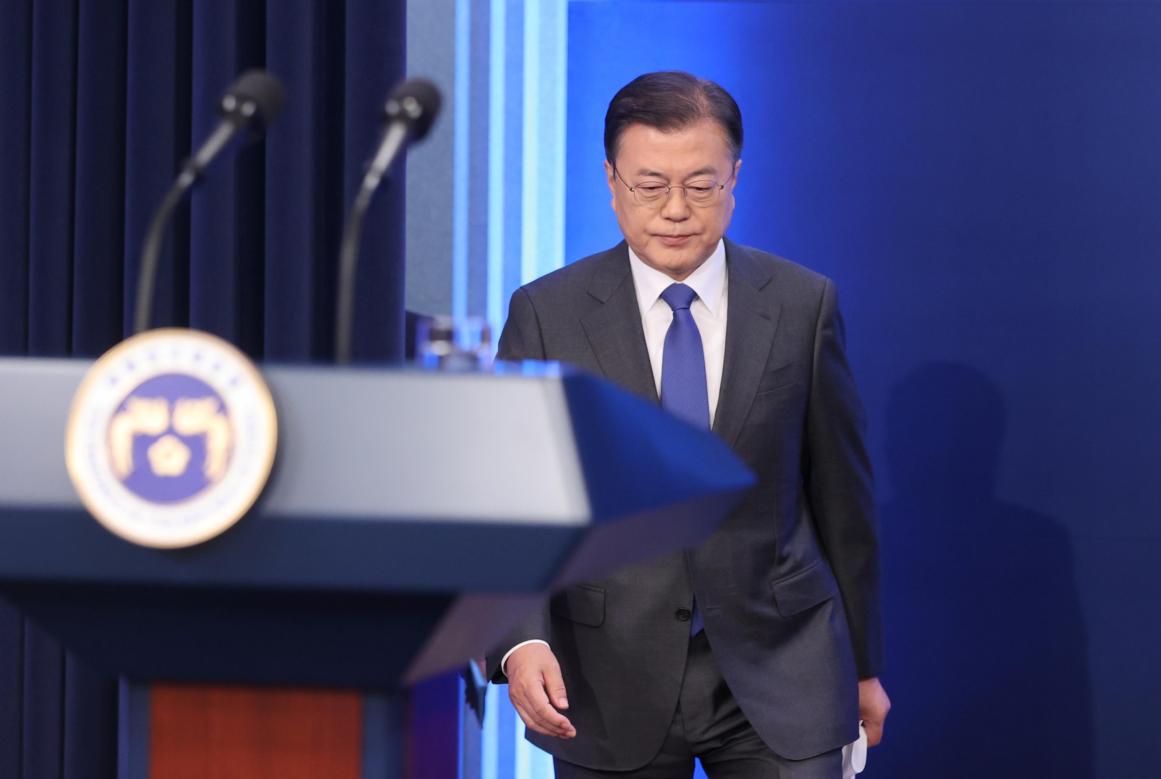 ▲▼文在寅10日上午進行就任總統第四周年紀念演說。(圖/路透社)