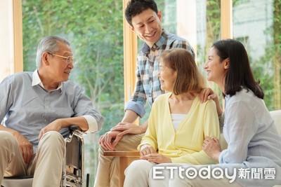 50歲以上終身醫療險投保率僅23%! 壽險業者建議:日額加手術保障二合一