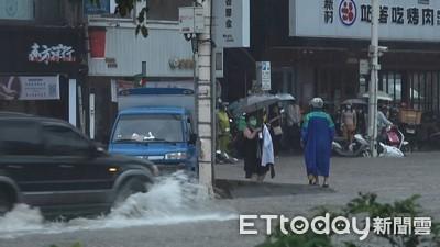 豪雨來襲「北北桃基列入淹水區域!」 同列一級警戒「下班小心!」