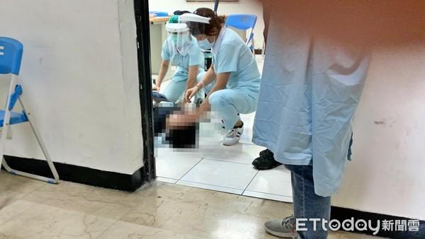 快訊/驚悚畫面曝!基隆警注射AZ疫苗後倒地 護理師:快叫救護車