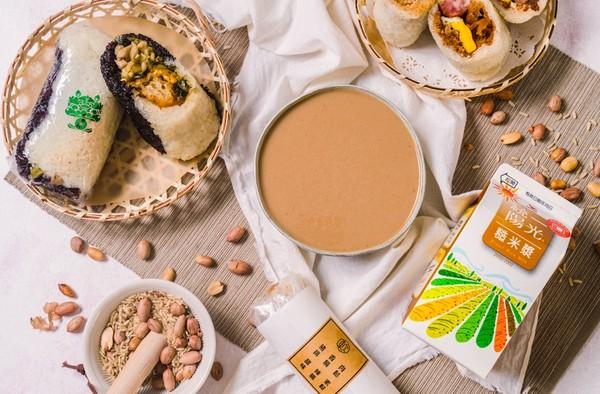 網紅都在曬的居家視覺系早餐公開!台式米早餐「糙米漿+飯糰」成IG新寵 |