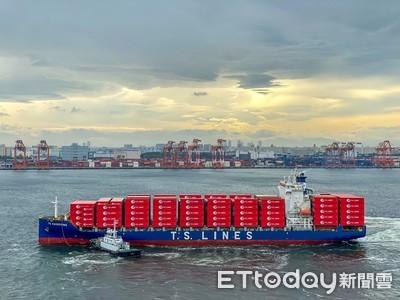 長榮貨櫃船訂造艘數全球第一 德翔運力增幅全球第一