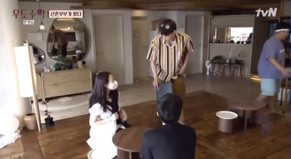 [新聞] EXO Kai事先確認孕婦:可以喝茶嗎?細心