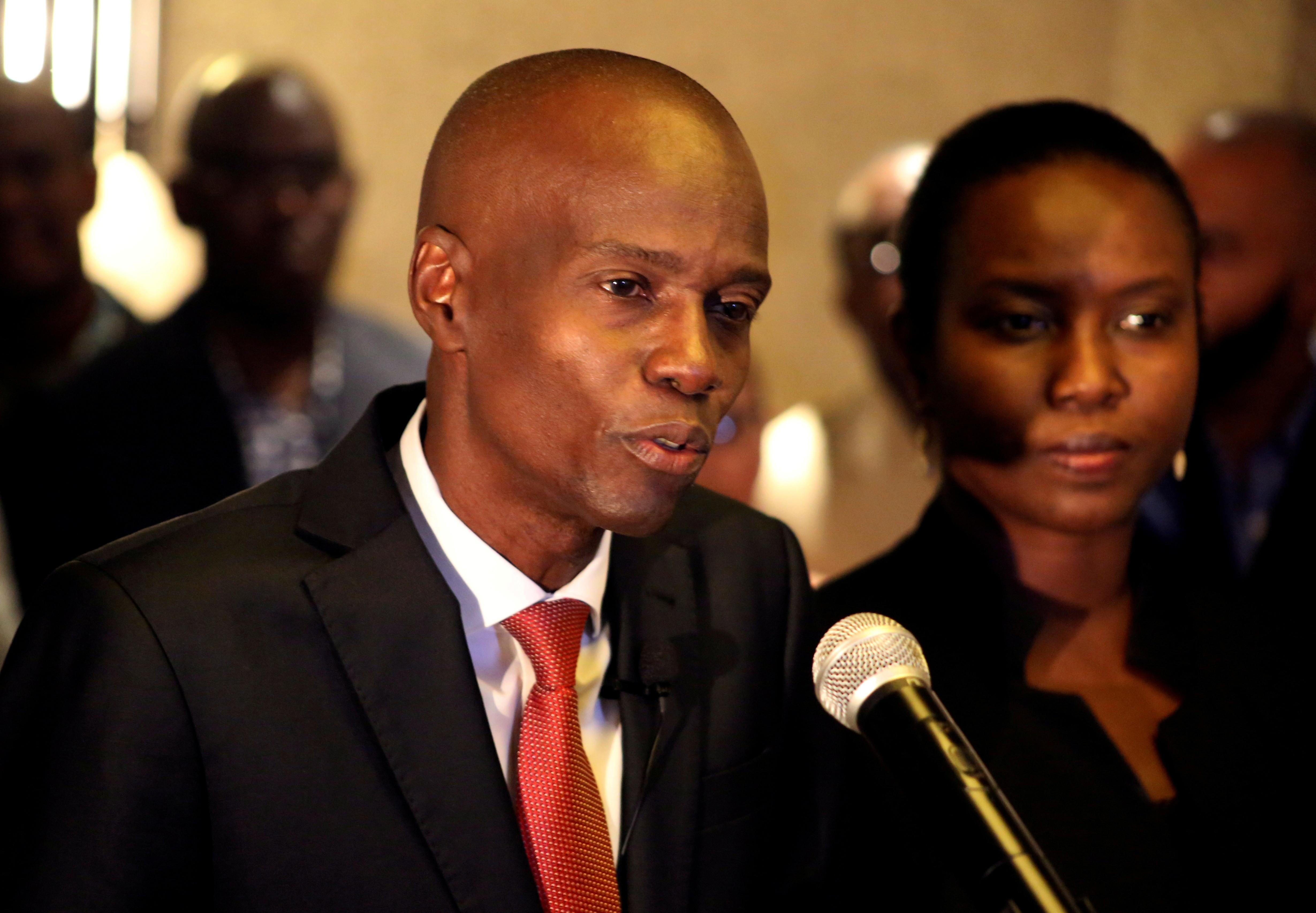 ▲▼海地總統摩依士2016年當選時,在妻子旁發表演說。(圖/路透社)