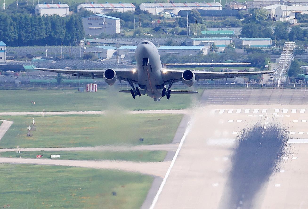 ▲▼南韓派遣2架空中加油運輸機前往非洲,稍早全員301人已順利返抵南韓。(圖/達志影像)