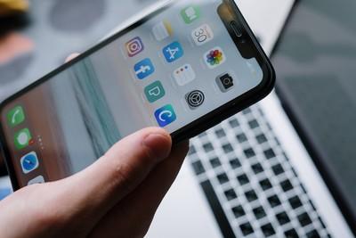 手機狂當「跳槽iPhone」回不去! 安卓粉揭6優點反擊:蘋果辦不到