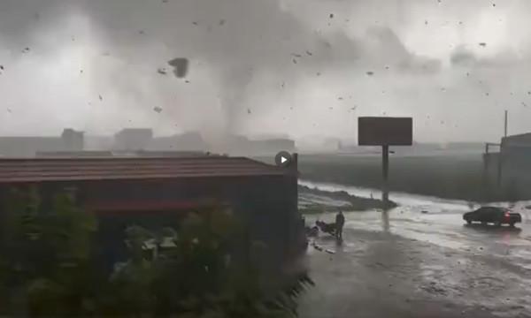 快訊/河北出現「龍捲風」狂襲!屋頂被掀飛…至少2人死亡