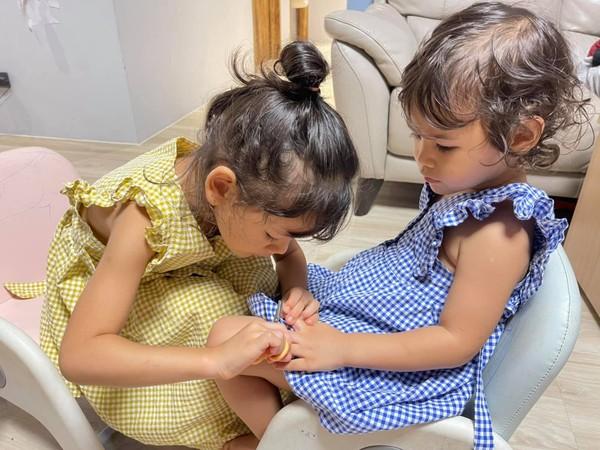 女兒2歲就拿剪刀! 「亂剪床單」吳鳳從不擋:阻止等於害她
