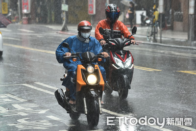快訊/豪雨炸南台!高雄市一級淹水警戒、台南市二級