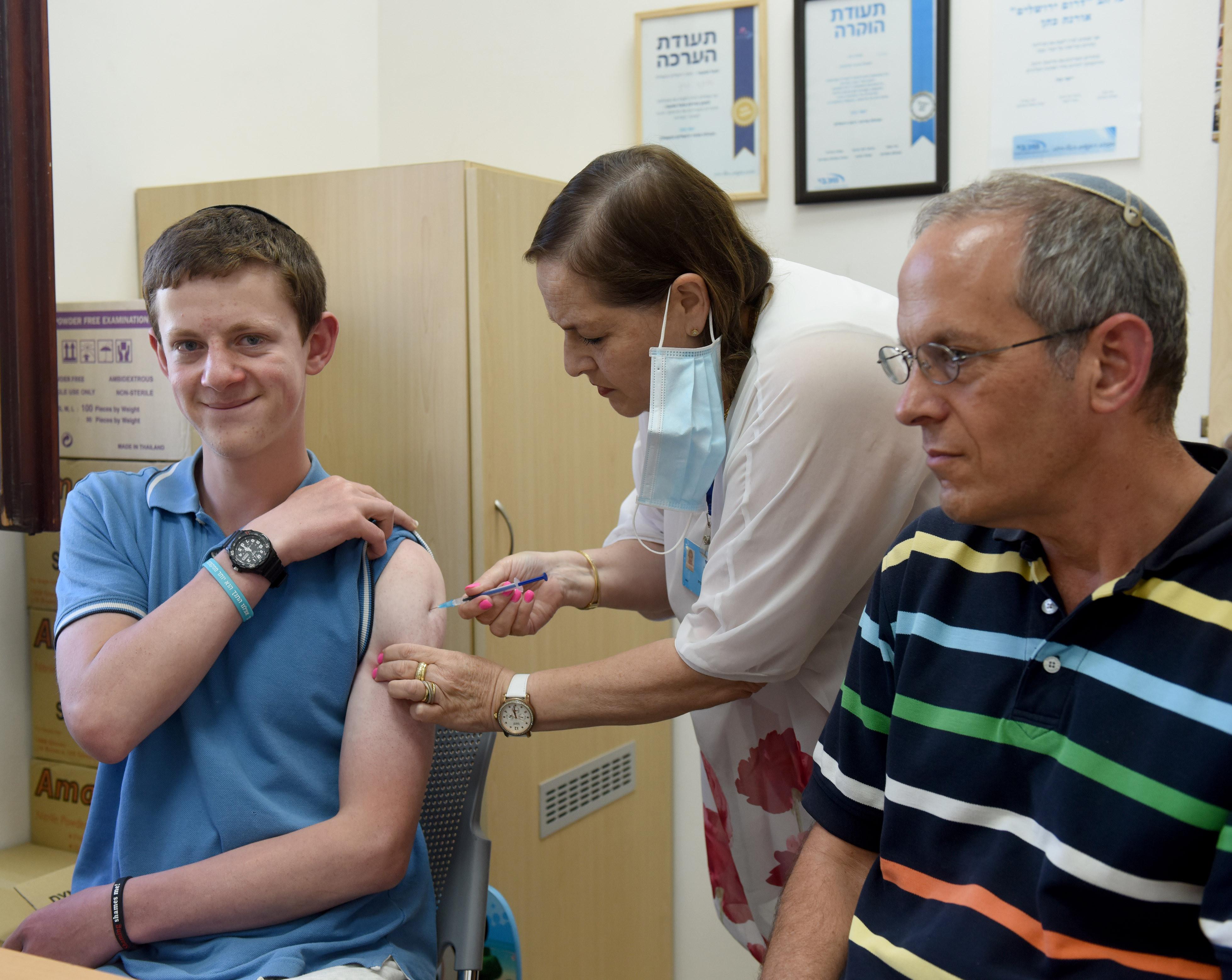 ▲▼以色列研究發現,輝瑞疫苗在防止染上Delta變種病毒的效能只有39%。(圖/達志影像)
