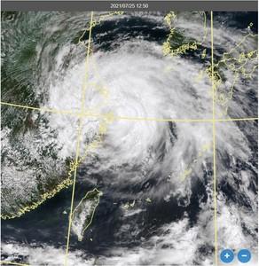 烟花颱風「即將登陸」 鄭明典直言2特徵:極端危險的組合!