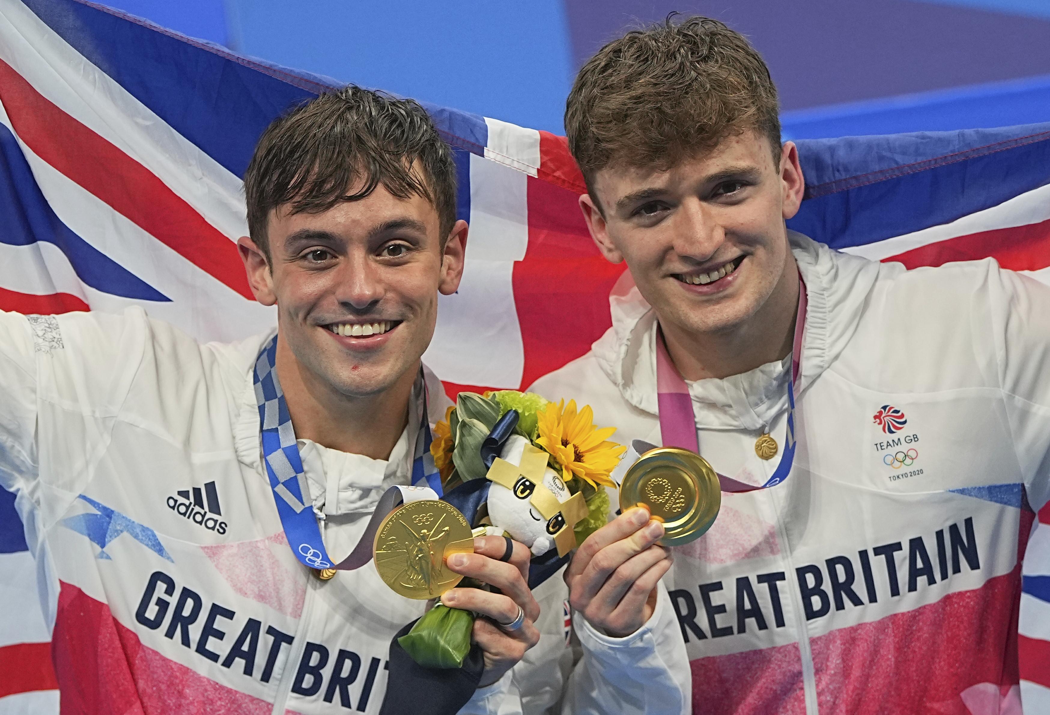 ▲▼英國跳水王子戴利(Tom Daley)和搭檔馬提李(Matty Lee)摘下L奧運男子雙人10公尺跳水金牌。(圖/達志影像/美聯社)