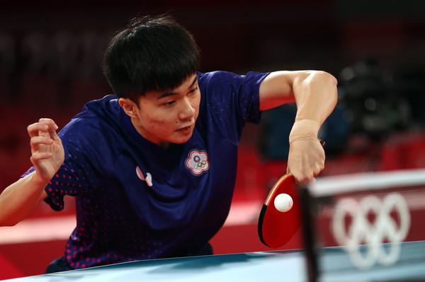 林昀儒「咻咻咻4比0」打進4強!19歲戰績猛炸...曾被封中國殺手