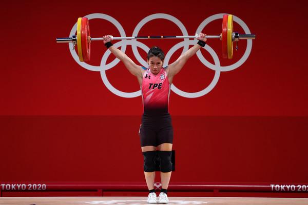 郭婞淳第3把抓舉103公斤破奧運紀錄 新任奧運紀錄保持人