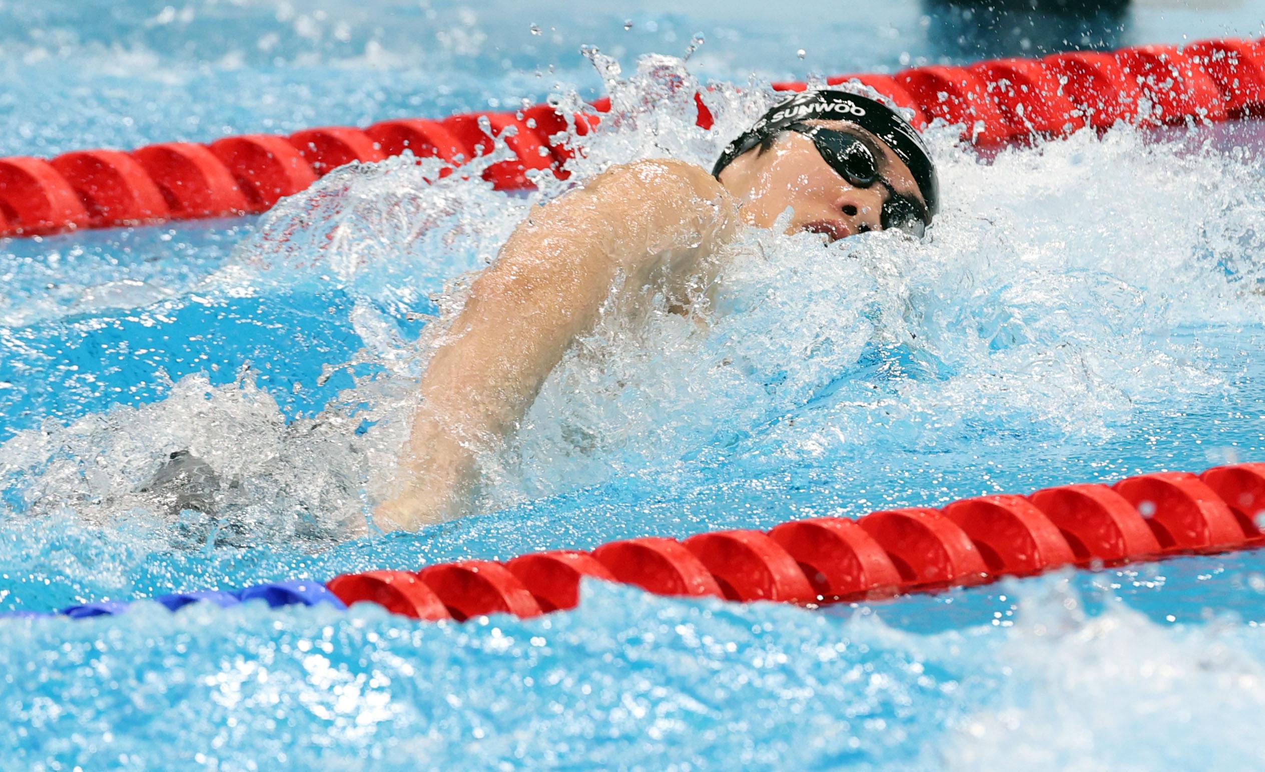 ▲▼南韓泳壇鮮肉黃善宇在東奧男子100公尺自由式準決賽游出47秒56,刷新亞洲、南韓的紀錄。(圖/達志影像/newscom)