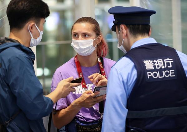 東奧白俄女選手「拒絕回國」機場求救 獲核發人道簽證