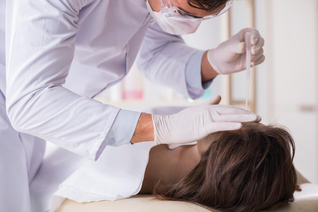 ▲▼奈及利亞一名醫學生在求學解剖課時,驚見桌上躺的是朋友的屍體。(示意圖/達志影像)