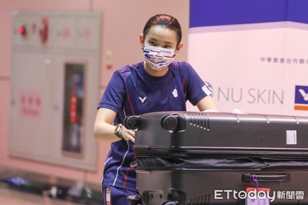 ▲中華隊奧運女子羽球銀牌戴資穎返台,受到民眾熱烈歡迎。(圖/記者林敬旻攝)