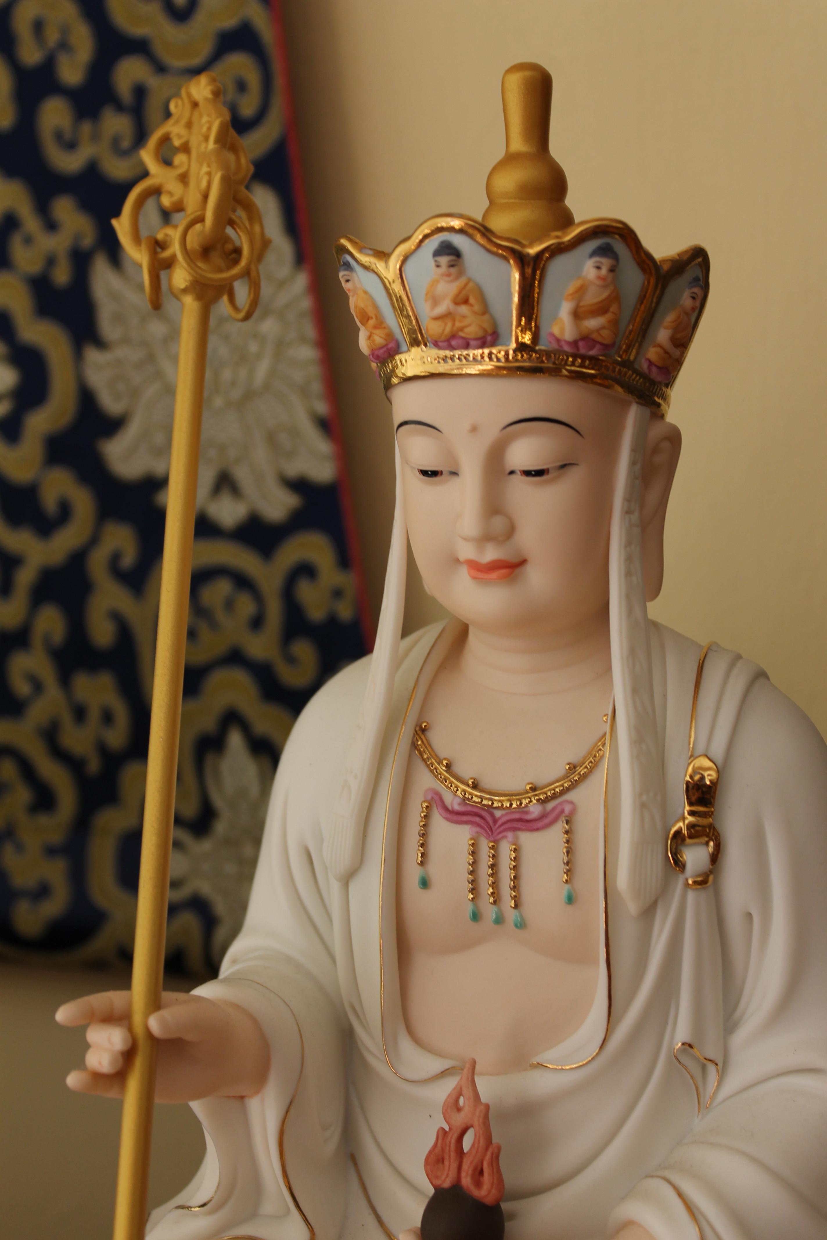 ▲ 許麗珠看到房屋裡出現地藏王菩薩,直覺這房子有問題。(示意圖/翻攝維基百科)