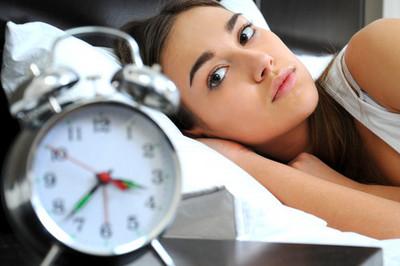 老是被失眠糾纏?你需要這些助睡妙方