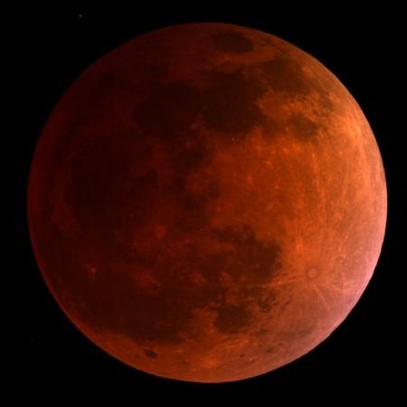 紅翻天!台灣看不到的天文奇景:血月