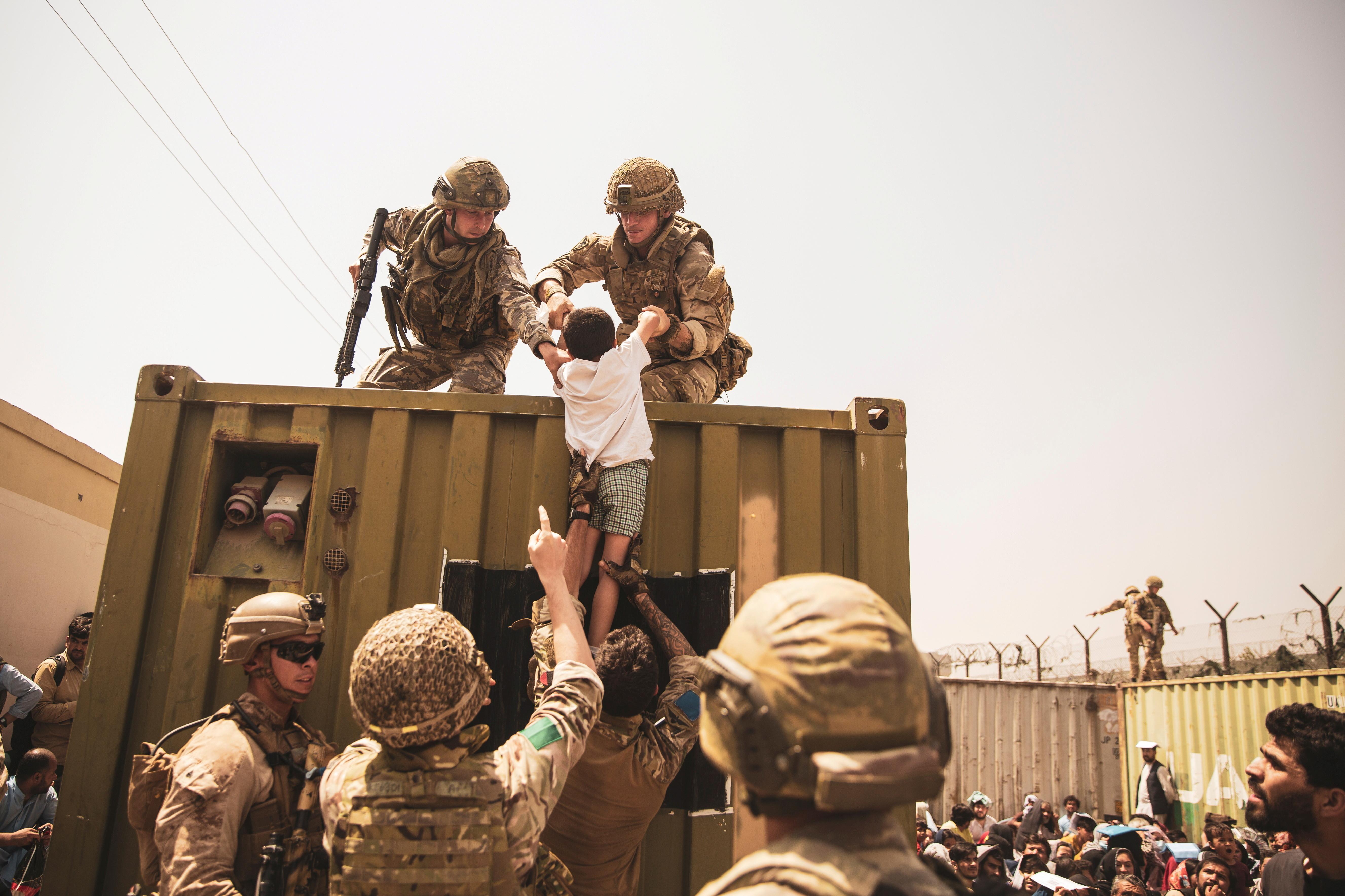 塔利班,阿富汗,阿富汗伊斯蘭酋長國,美國,拜登,美軍,喀布爾,恐怖主義,中國,王毅,一帶一路