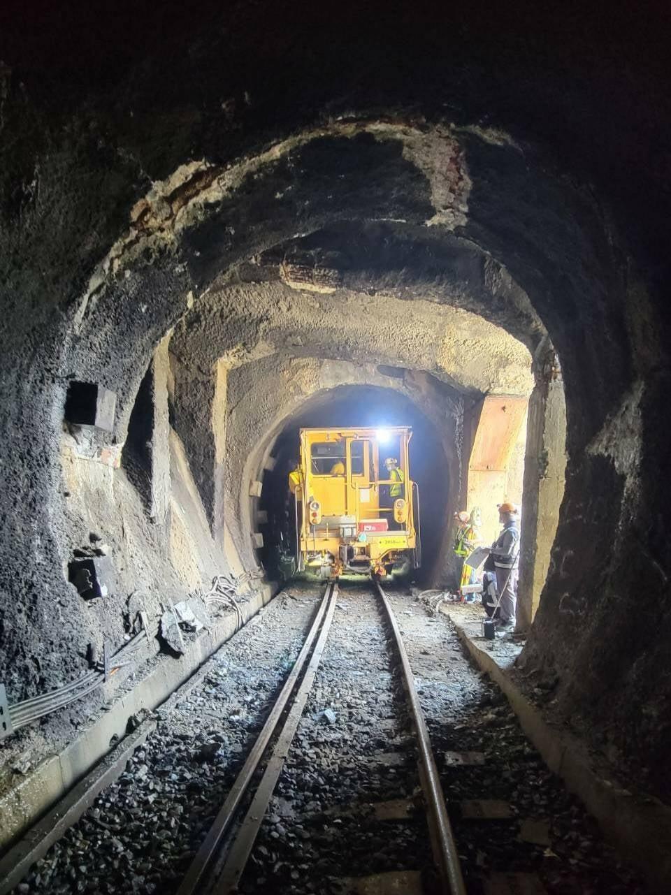 [新聞] 台鐵集集線隧道再傳災害 午夜將恢復通行