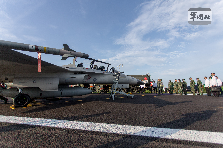 漢光演習,防空識別區,ADIZ,F-16V,幻象2000,美國,南海,台灣海峽,西南海域,AIM-9X,國防部,空軍,台海情勢,兩岸關係