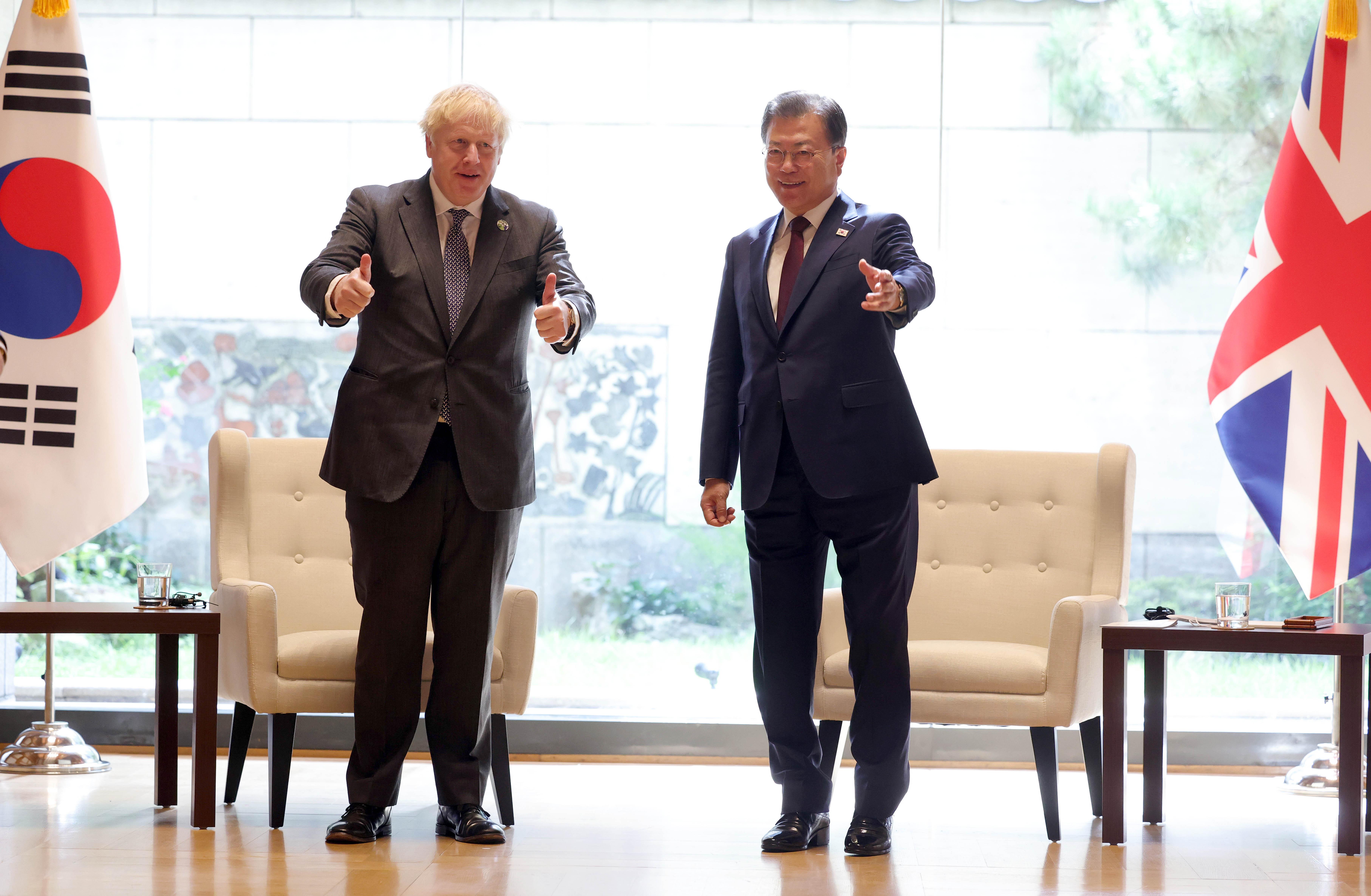▲▼英國總理強生與南韓總統文在寅進行雙邊會談。(圖/達志影像)