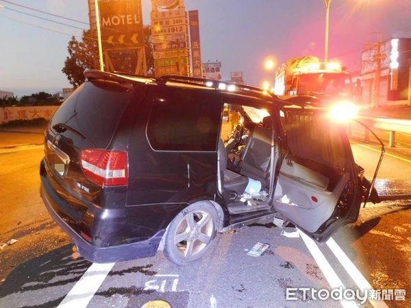 [新聞] 快訊/26歲新婚刑警酒駕自撞命危 竟是