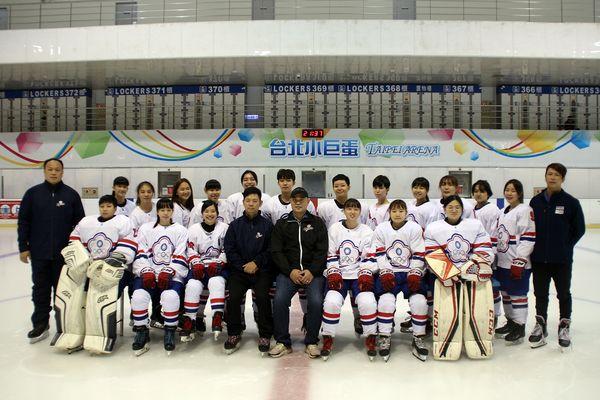 中華女子冰球隊睽違2年再戰國際賽 27日出征義大利爭冬奧門票