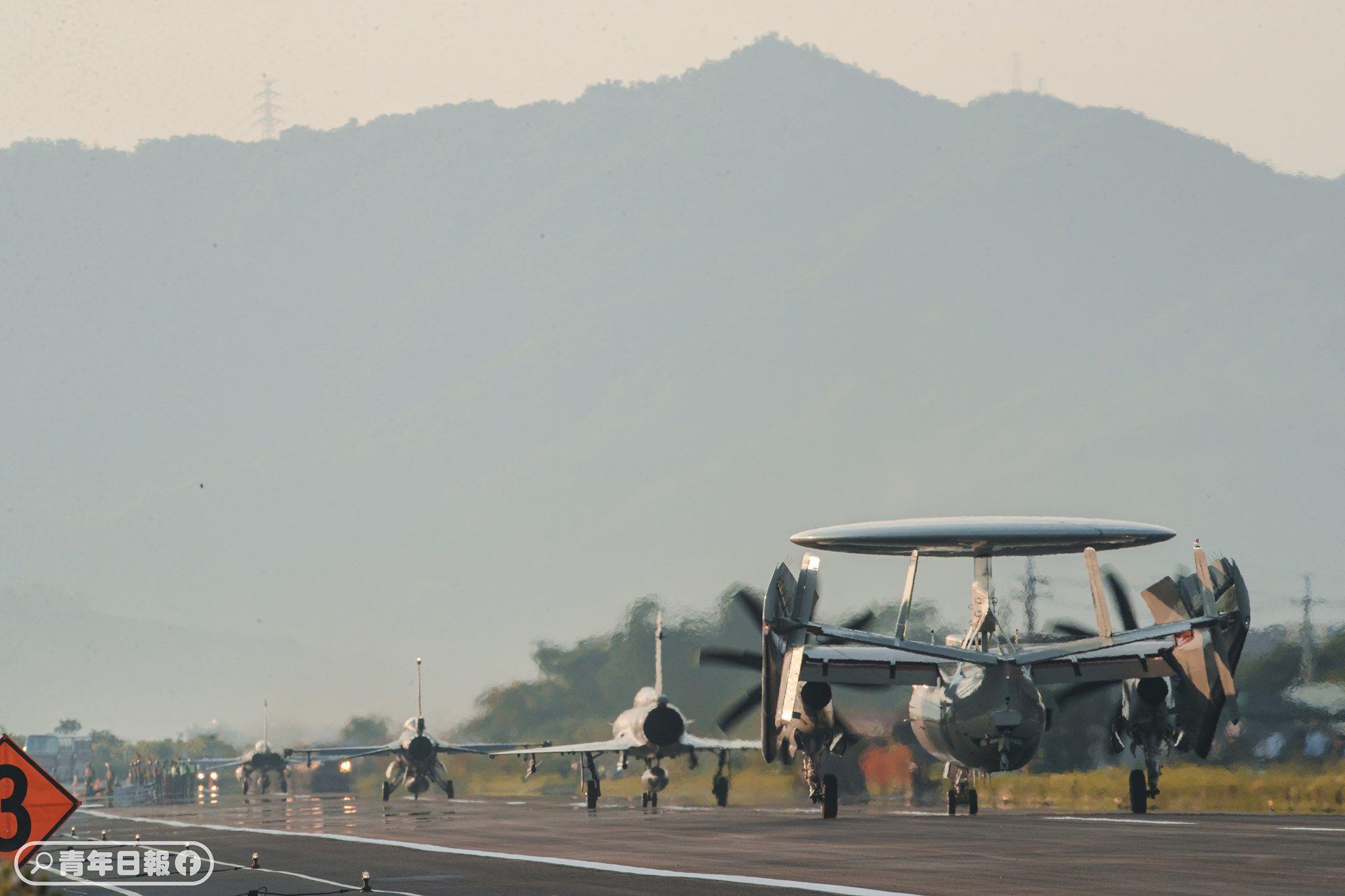 漢光演習,實兵操演,戰備道起降,軍機,F-16V,裝甲部隊