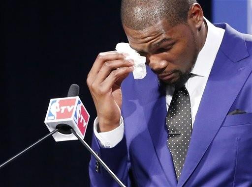 NBA/世代接棒! 菜鳥最愛球星KD擊退Kobe、LBJ
