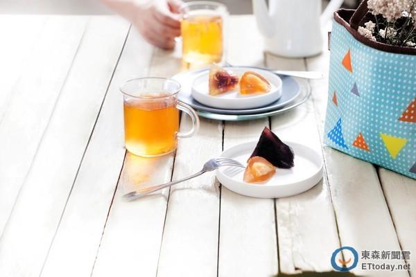 搶攻端午節商機,統一星巴克推出「星冰粽」,祭出3種口味搶客,預購還可享有9折優惠。