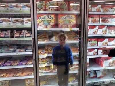 父母帶小孩去大賣場,完全是自找麻煩