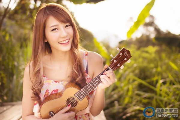 17歲清新正妹朱主愛 飆唱4語言「馬來西亞的查某」