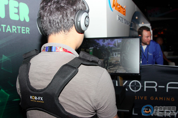 E3 2014/射擊對戰專用!4D 遊戲背心 KOR-FX 動手玩