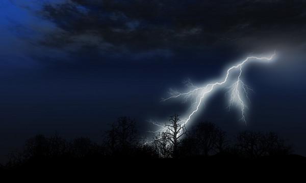 雷擊,閃電,雷劈。(圖/達志影像/示意圖)