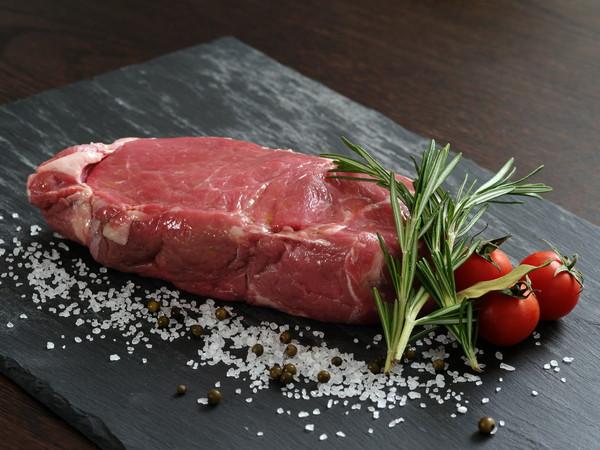牛肉,生牛肉。圖/達志示意圖